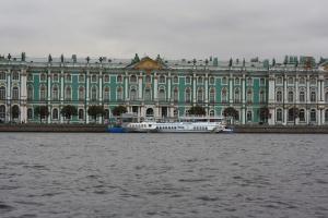 Музеи Санкт Петербурга продлили часы работы