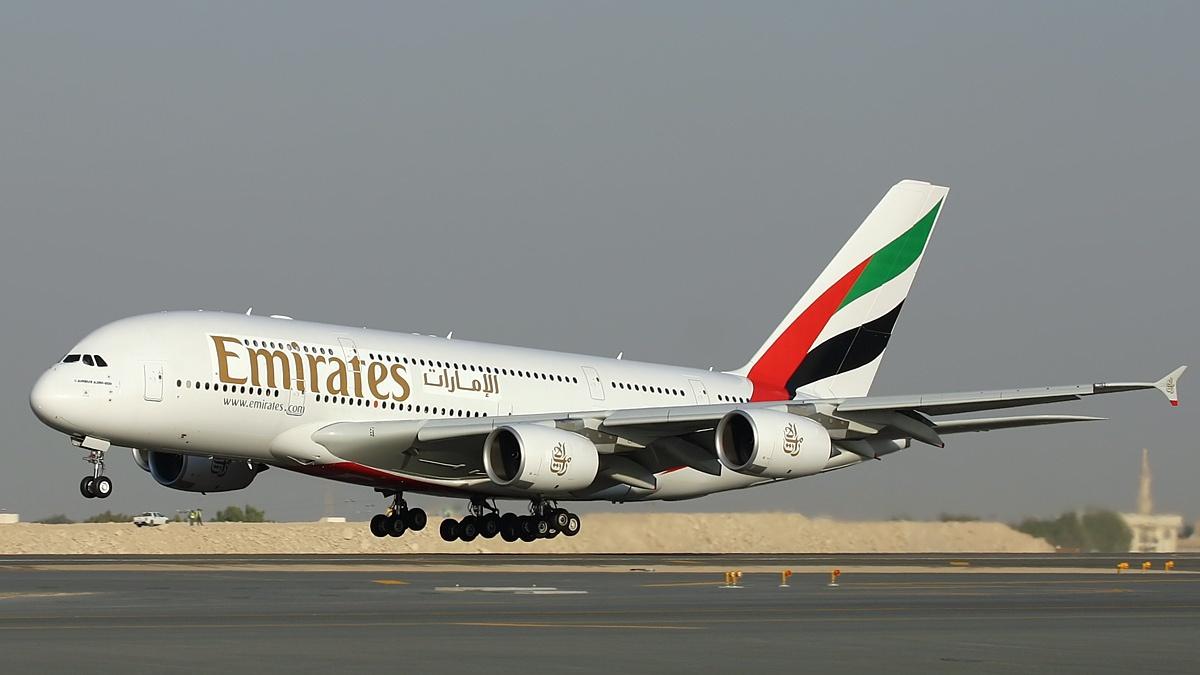 na bortu a380 Emirates passajiram predlojat kalyan На борту А380 Emirates пассажирам предложат кальян