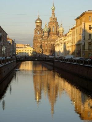 Названы любимые места туристов в Москве и Санкт Петербурге