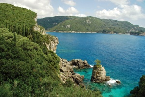 nesmotrya na finansovyi krizis kipr prodoljaet privlekat turistov Несмотря на финансовый кризис, Кипр продолжает привлекать туристов