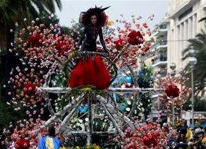 nicca gotovitsya k karnavalu Ницца готовится к карнавалу