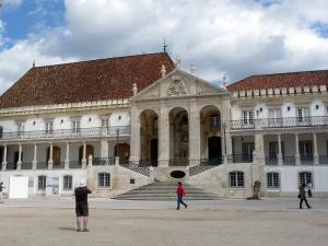 odinokie puteshestvenniki vse chashe vybirayut portugaliyu Одинокие путешественники все чаще выбирают Португалию