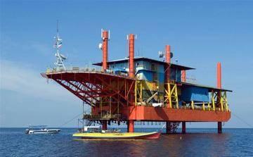 otel na neftyanoi platforme v malaizii ili rai dlya daiverov Отель на нефтяной платформе в Малайзии или рай для дайверов