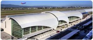 passajirka proshla v samolet bez bileta chtoby vyyavit nedochety v rabote aeroporta Пассажирка прошла в самолет без билета, чтобы выявить недочеты в работе аэропорта