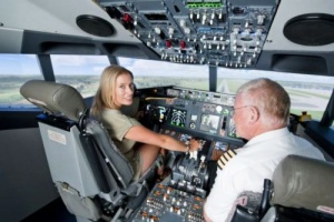 pilot sozdal kopiyu samoleta dlya teh kto boitsya letat Пилот создал копию самолета для тех, кто боится летать