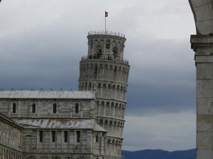 Пизанская башня продлевает часы работы