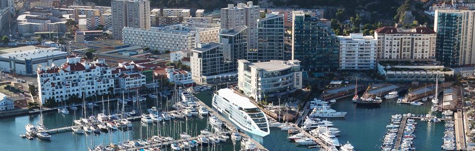 plavuchii otel v gibraltare gotov prinyat postoyalcev Плавучий отель в Гибралтаре готов принять постояльцев