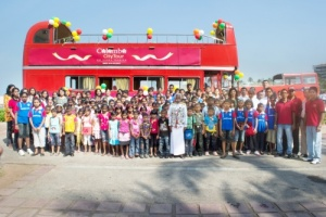 santa klaus provedet v kolombo avtobusnye ekskursii Санта Клаус проведет в Коломбо автобусные экскурсии