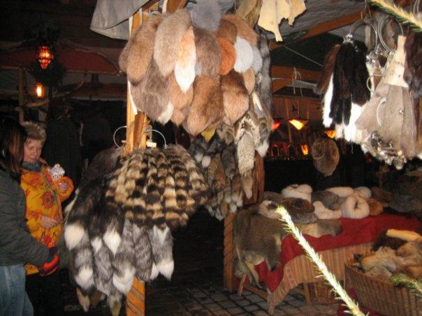v germanskom esslingene otkroyutsya srednevekovyi rynok i rojdestvenskaya yarmarka В германском Эсслингене откроются средневековый рынок и рождественская ярмарка