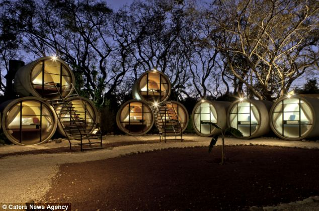 v meksike est neobychnyi otel v kanalizacionnyh trubah В Мексике есть необычный отель в канализационных трубах