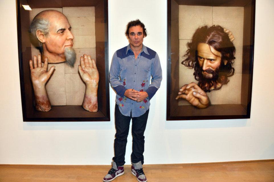 v parije otkrylas vystavka devida lashapelya В Париже открылась выставка Дэвида Лашапеля