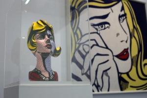 v parije vystavlyaetsya odin iz yarchaishih predstavitelei pop arta В Париже выставляется один из ярчайших представителей поп арта