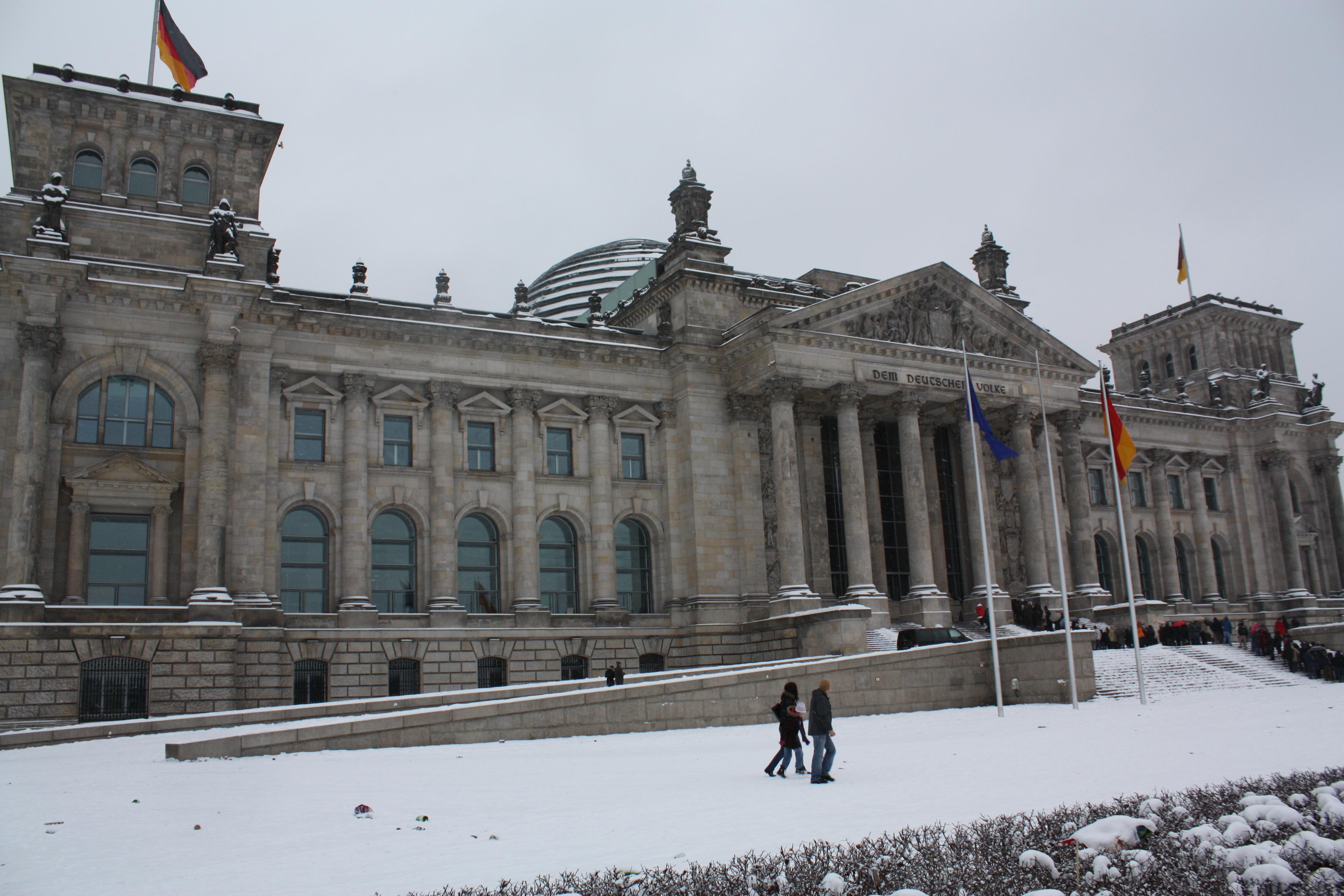 v rossii otkroyutsya vizovye centry germanii В России откроются визовые центры Германии