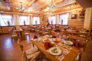 v suzdale otkrylsya novyi gostinichnyi kompleks Heliopark В Суздале открылся новый гостиничный комплекс Heliopark