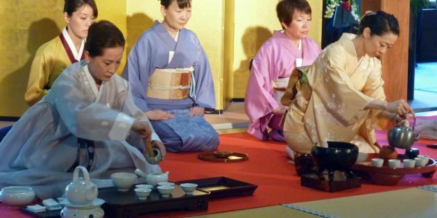 v yaponii sostoyalsya mejdunarodnyi festival chaya В Японии состоялся международный фестиваль чая