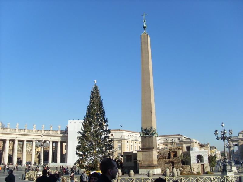 Ватикан перестал принимать банковские карты