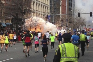 vo vremya marafona v bostone progremeli dva vzryva Во время марафона в Бостоне прогремели два взрыва