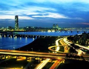 vozvrat nds s pokupok v seule mojno poluchit v centre goroda Возврат НДС с покупок в Сеуле можно получить в центре города