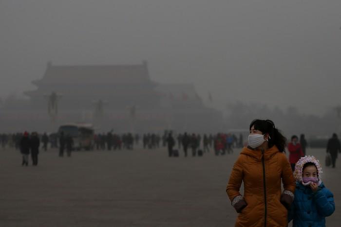 yadovityi smog vnov nakryl pekin Ядовитый смог вновь накрыл Пекин