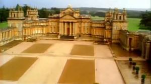 blenheim zamok dvorec 300x167 Бленгейм   замок и парк герцогов Мальборо