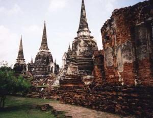 sanphet vat phra si 300x231 Аюттхая   древняя столица Сиама