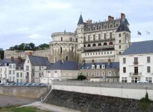 amboise le chateau 300x220 Долина Луары   блеск и нищета