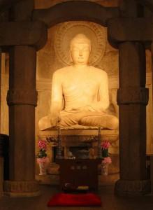 seokguram buddha 219x300 Соккурам   грот озарения