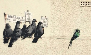 graffiti benksi zakrasili iz za rasizma Граффити Бэнкси закрасили из за расизма