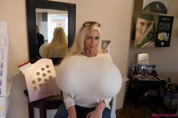 obladatelnica samoi bolshoi grudi v mire 2 Обладательница самой большой груди в мире