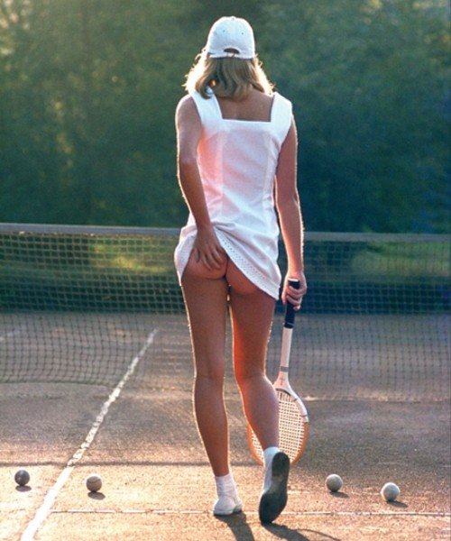 tennisistka odna iz samyh prodavaemyh fotografii v istorii angliya 1976 god «Теннисистка» — одна из самых продаваемых фотографий в истории. Англия, 1976 год.