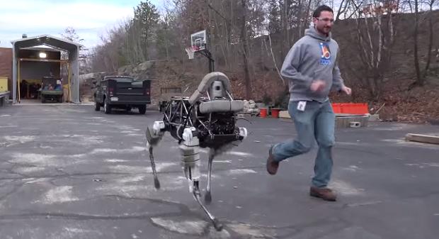 chetveronogii robot sobaka pokoril internet Четвероногий робот собака покорил интернет
