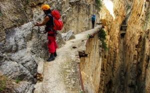 samaya opasnaya tropa v mire vnov otkryta dlya turistov Самая опасная тропа в мире вновь открыта для туристов