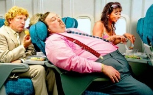 britanskie passajiry za vzveshivanie v aeroportah Британские пассажиры — за взвешивание в аэропортах