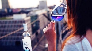 vino sinego cveta poyavilos v ispanii Вино синего цвета появилось в Испании