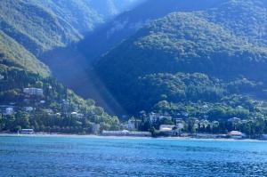 eksperty schitayut chto abhaziya bezopasna dlya rossiiskih turistov Эксперты считают, что Абхазия безопасна для российских туристов