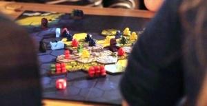kafe s nastolnymi igrami otkryvaetsya v londone Кафе с настольными играми открывается в Лондоне