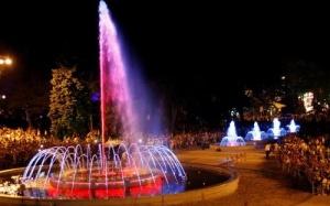 В Анапе открылся комплекс поющих фонтанов
