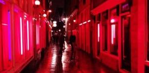 v rime i milane mogut poyavitsya kvartaly krasnyh fonarei В Риме и Милане могут появиться кварталы красных фонарей
