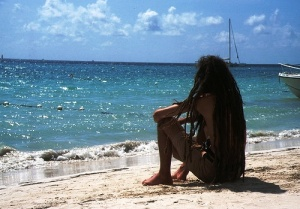 yamaika mojet chastichno legalizovat marihuanu Ямайка может частично легализовать марихуану