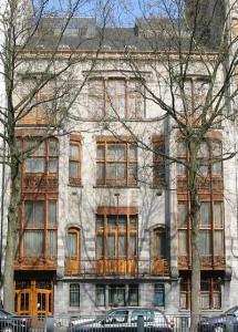 Victor Horta H  tel Solvay 215x300 Дома Хорта в Брюсселе   под стеклянными балдахинами
