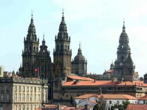 santiago de kompostella 300x225 Дорога Святого Иакова   паломничество в Сантьяго де Компостела