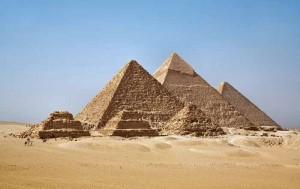 piramidy v gize 300x189 Египетские пирамиды